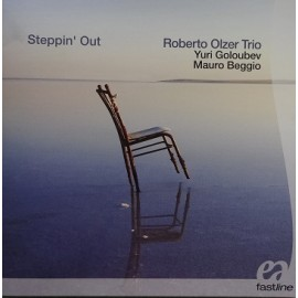 Roberto OLZER TRIO - STEPPIN' OUT (CD)