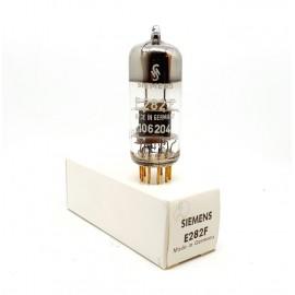 E282F Siemens Germany Pin Gold NOS-NIB Single (v2)